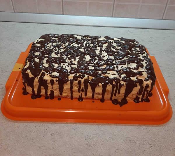 Božićna čokoladna torta