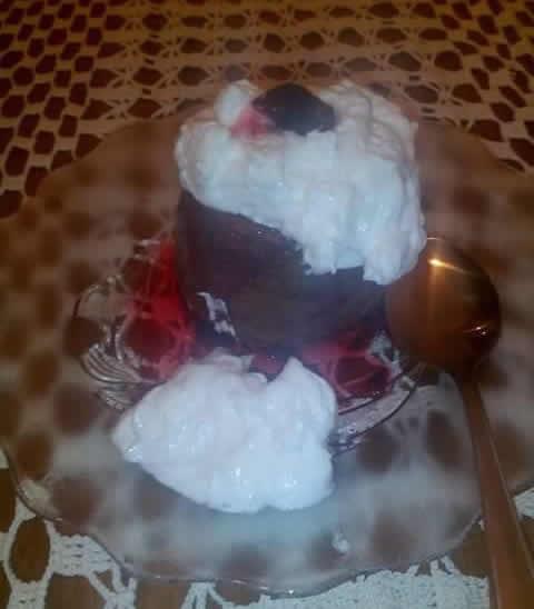 C Lava kolač