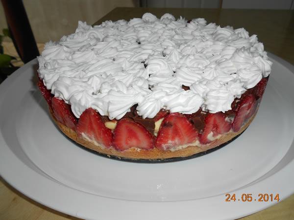 Čoko torta sa jagodama