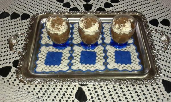Čokoladni krem u čaši
