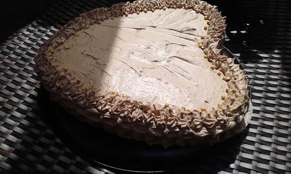 Čokoladno zadovoljstvo torta