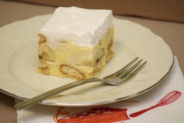 Kremasti kolač od pudinga i banana