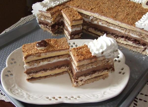 Lešnik čokoladna torta