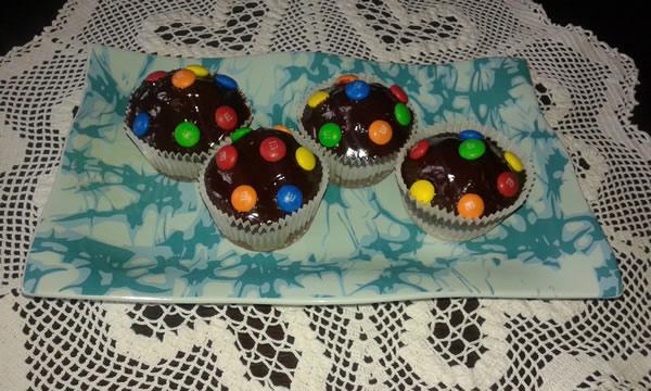 Mafini sa čokoladnim bombonicama