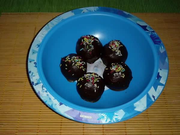 Mleveni keks kuglice