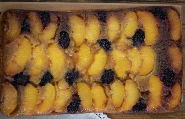 Naopaki voćni kolač