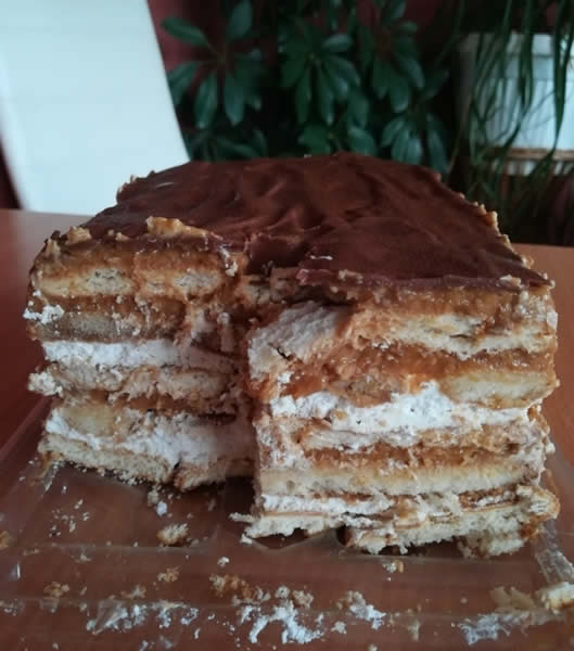Posna karamel torta