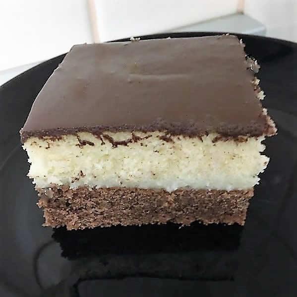 Posni kolač s kokosom