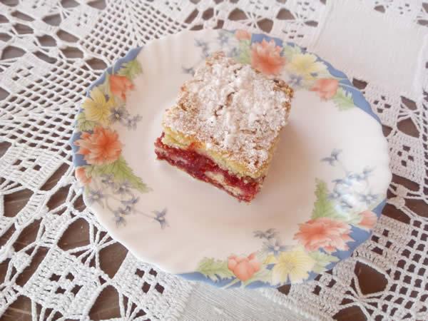 Posni kolač sa malinama