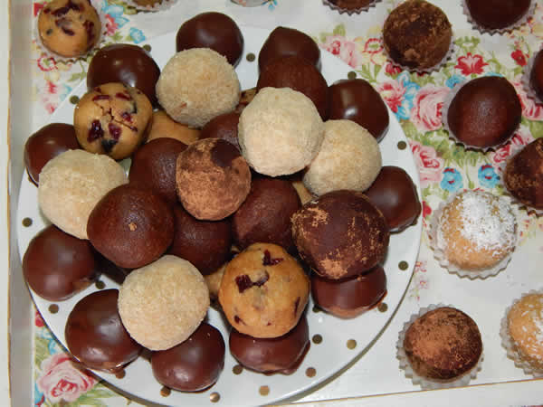 Posni kolači - 4 vrste kuglica