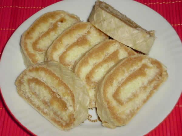 Rafaelo-mleveni keks rolat