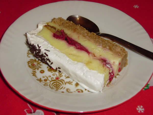Torta sa jafom i malinama
