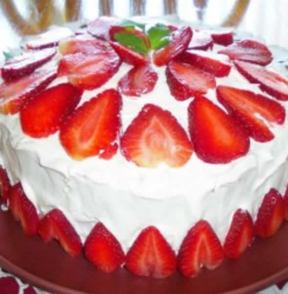 Torta sa jagodama C