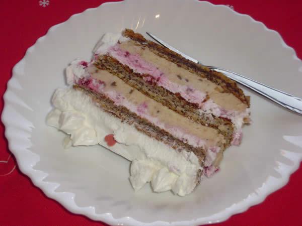 Torta sa malinama i neskvik čokoladom