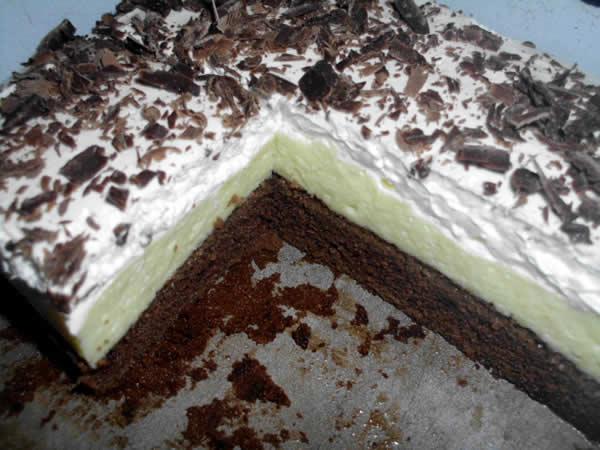Trobojni krem kolač