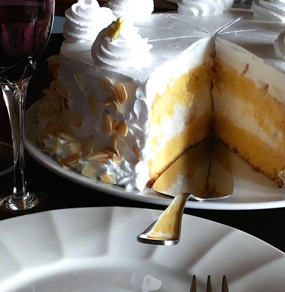 Voćna torta s ananasom