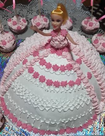 Voćna torta sa malinama